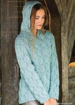 Пуловер с капюшоном ажурными косами
