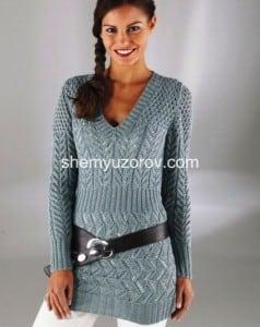 Длинный пуловер с V-образным вырезом чередованием узоров